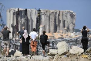 تعليق التحقيق مؤقتاً في جريمة المرفأ بعد سقوط حصانات النواب