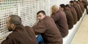 """""""حنظلة"""": أسرى """"إيشل"""" يطالبون بتطبيق """"التباعد"""" وتوفير شروط الحياة داخل السجن"""